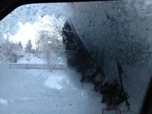 Ispansar på bilrutan