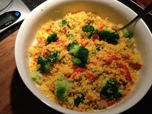 Couscous med saffran och grönsaker