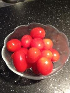 Men en liten tomat kan du väl i alla fall äta?