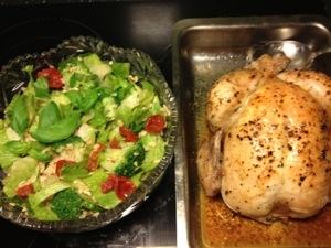 Helstekt kyckling och matvetesallad